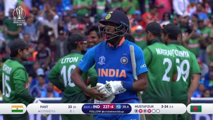 CWC19: BAN v IND - Mustafizur dismisses Pandya for a duck
