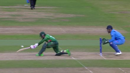 CWC19: BAN v IND - Mushfiqur is caught sweeping