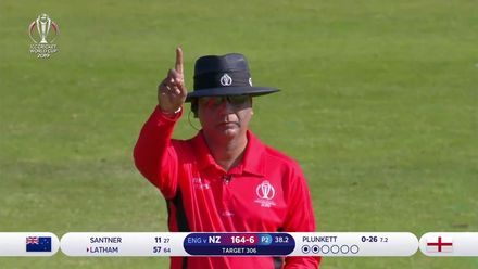 CWC19: ENG v NZ - Latham departs for a well-made 57