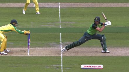 CWC19: AUS v SA - Quick hands from Carey gets rid of Markram
