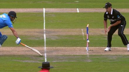 Nissan POTD – Guptill's perfectly timed throw to remove Dhoni
