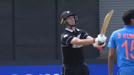 CWC19 SF: IND v NZ – Henry becomes Bhuvneshwar's third victim
