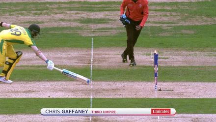 CWC19 SF: AUS v ENG -  Sensational throw from Buttler runs out Smith