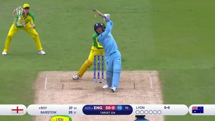 CWC19 SF: AUS v ENG - Roy smokes Lyon down the ground
