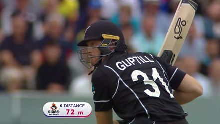CWC19 Final: NZ v ENG – Guptill hits for six over third man