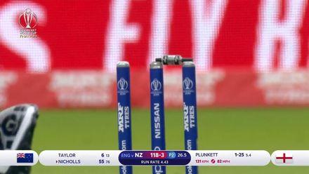 CWC19 Final: NZ v ENG – Plunkett bowls Nicholls