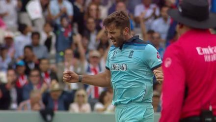 CWC19 Final: NZ v ENG – Liam Plunkett bowling highlights