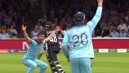CWC19 Final: NZ v ENG – Wood removes Taylor
