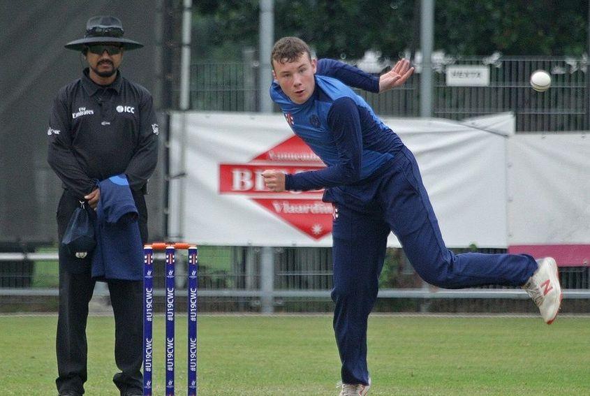 Charlie Peet takes 7 wickets in devastating spell (1)