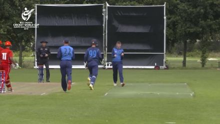 U19 CWC Europe Q: Sco v Den – Charlie Peet gives Scotland a great start with two wickets in an over