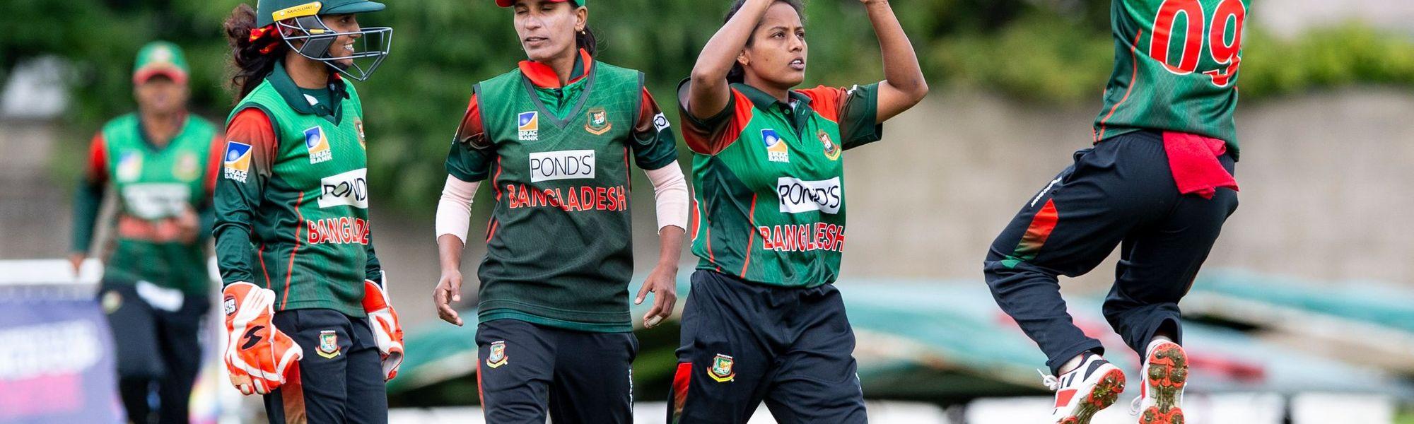 Bangladesh celebrations as Bangladesh's Ritu Moni bowls Papua New Guinea's Konio Oala for 11.