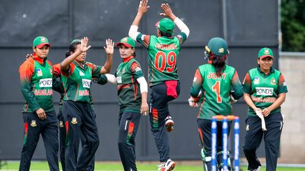 Bangladesh celebrate as Papua New Guinea's Naoani Vare goes for 10.