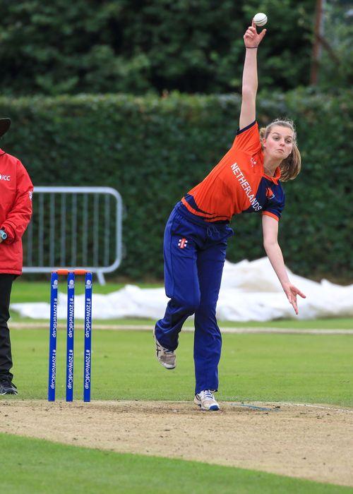 Eva Lynch flights the ball.