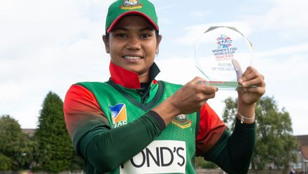 Bangladesh's Sanjida Islam with her player of the match award.