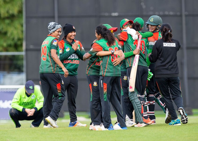 Bangladesh win by 4 wickets to qualify for the T20 World Cup