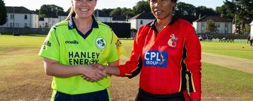 Ireland captain, Laura Delany and Papua New Guinea captain, Kaia Arua.
