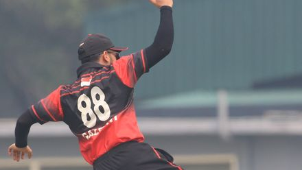 ICC CWC Challenge Group A – SIN v QAT: Saqlain is dismissed for 21