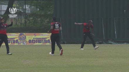 ICC CWC Challenge Group A – MAL v SIN: Ramly gets bowled by V Baskaran