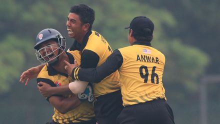 Hosts Malaysia won the opening game of the tournament, thanks to Suharril Fetri's all-round performance