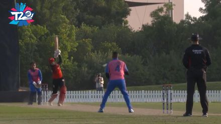 T20WCQ: BER v SIN – Superb catch by Tucker off his own bowling