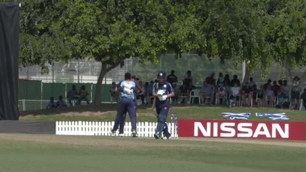 T20WCQ: Sco v Nam – Shikongo bowls Wallace in the first over