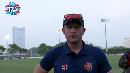 T20WCQ: SIN  v NED – Roelof van der Merwe is Player of the Match!