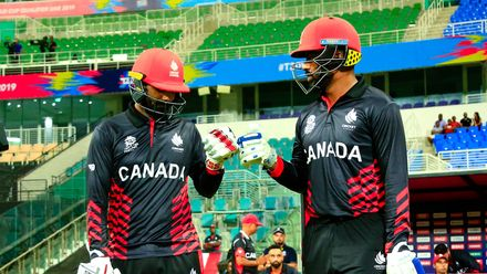 Canada openers stride out to bat 02