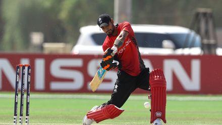 Haroon Arshad bat against Nigeria