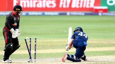 Richie Berrington bowled by Rohan Mustafa