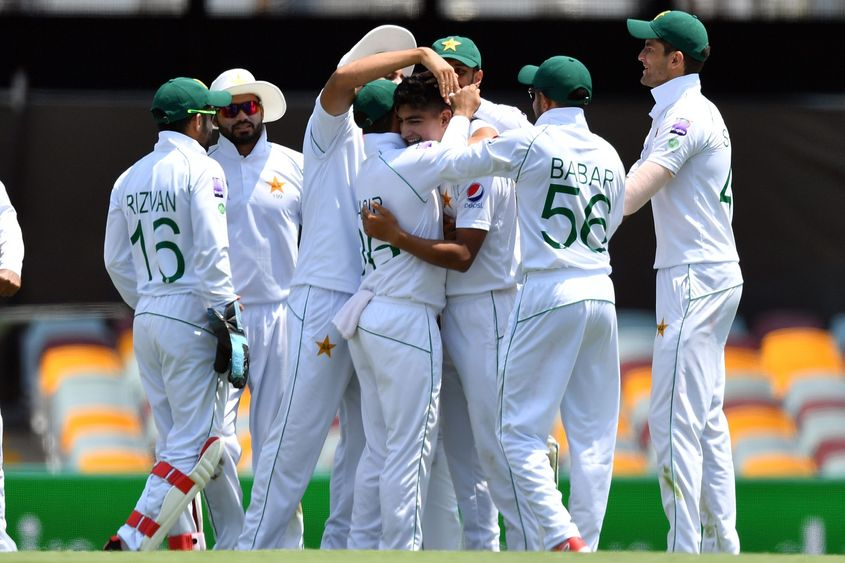 Azhar was impressed with Pakistan's young fast bowling attack