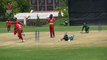 ICC U19 CWC: PAK v ZIM – Tugwete runs out Akram just after his 50