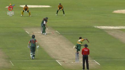 ICC U19 CWC: PAK v BAN – Tanzid flicks a nonchalant six off Tahir