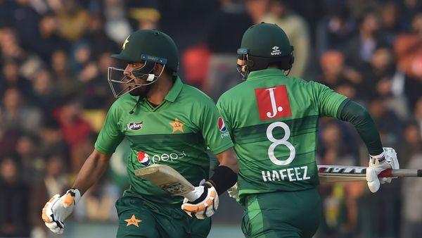 Bowlers, Babar, Hafeez star in Pakistan's series clinching win