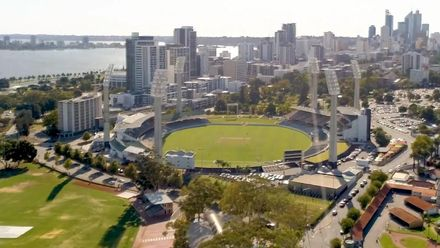 Fans take stunning walk from WACA to Perth Stadium
