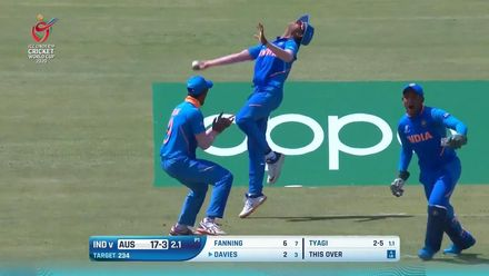 ICC U19 CWC: IND v AUS – Davies flashes and is caught at slip