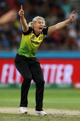 Delissa Kimmince of Australia successfully appeals for the wicket of Jemimah Rodrigues of India during the ICC Women's T20 Cricket World Cup match between Australia and India at Sydney Showground Stadium on February 21, 2020 in Sydney, Australia.