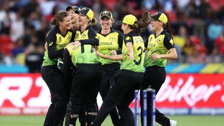 21 February - Sydney - 1st Match, Group A, Australia v India