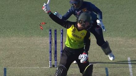 WT20WC: Aus v SL - Haynes departs for an outstanding 60