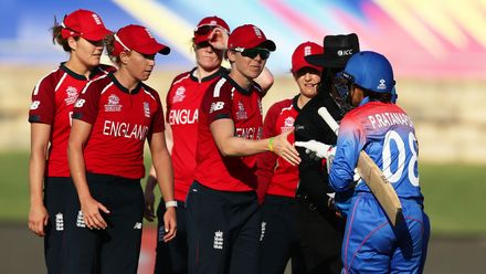 England captain Heather Knight and team mates celebrate victory after the ICC Women's T20 Cricket World Cup match between England and Thailand at Manuka Oval on February 26, 2020 in Canberra, Australia.