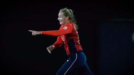 WT20WC: Eng v Pak - England's magician, Sophie Ecclestone