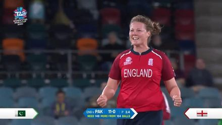 WT20WC: Eng v Pak – Wickets 98, 99 and 100 for Shrubsole