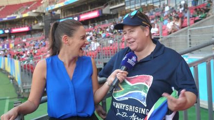 WT20WC: SA v Pak – Neroli meets a super fan