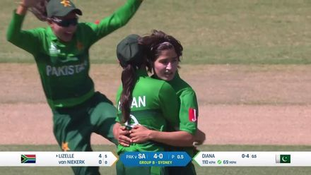WT20WC: SA v Pak - Lizelle Lee falls in the first over