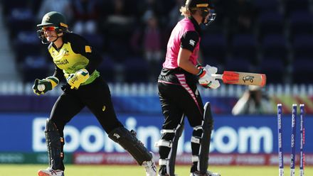 Alyssa Healy of Australia stumps Sophie Devine of New Zealand off the bowling of Georgia Wareham of Australia during the ICC Women's T20 Cricket World Cup match between Australia and New Zealand at Junction Oval on March 02, 2020 in Melbourne, Australia.