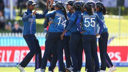 WT20WC: SL v Ban - A second wicket in the over for Achini Kulasooriya