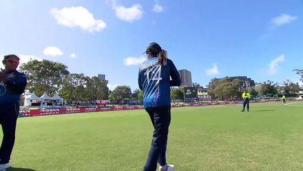 WT20WC: SL v Ban - Guard of Honour for Shashikala Siriwardena