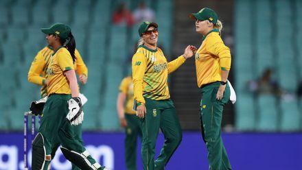 05 March - Sydney - 2nd semi-final, Australia v South Africa