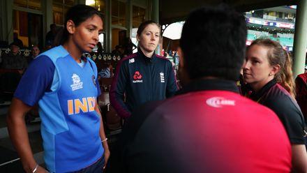 05 March - Sydney - 1st semi-final, England v India