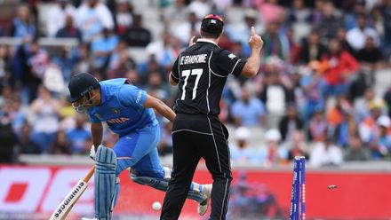 CWC19: M46 IND v NZ: Semi-final 1 Day 2 – Extended highlights