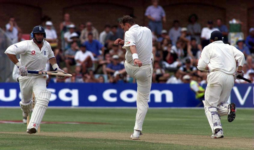 Allan Donald could not hide his frustration after Nasser Hussain was dropped by Mark Boucher